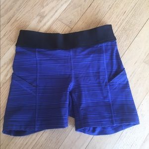 lululemon tight shorts